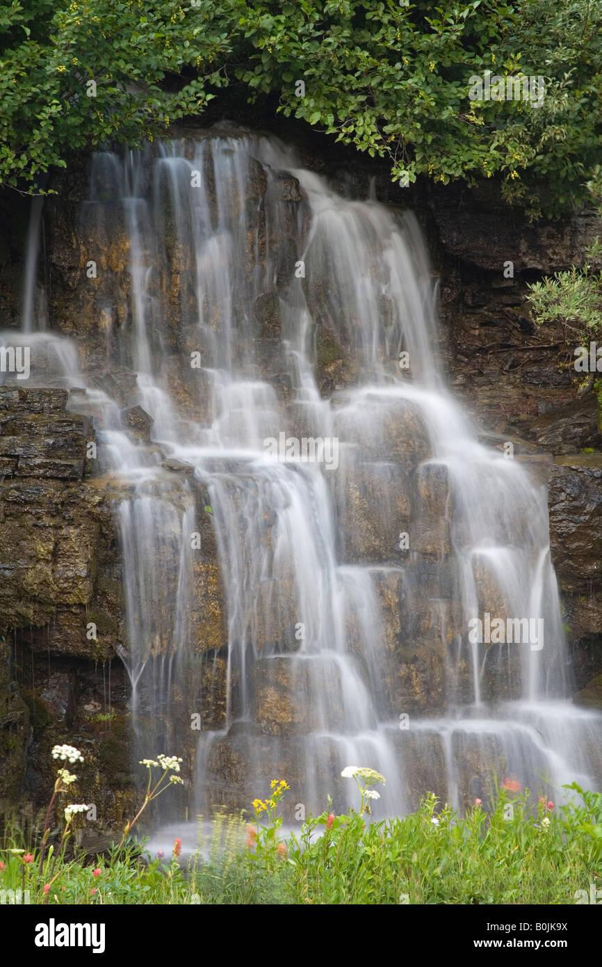 Wasserfall in der n he von logan pass glacier national for Wildparks in der nahe