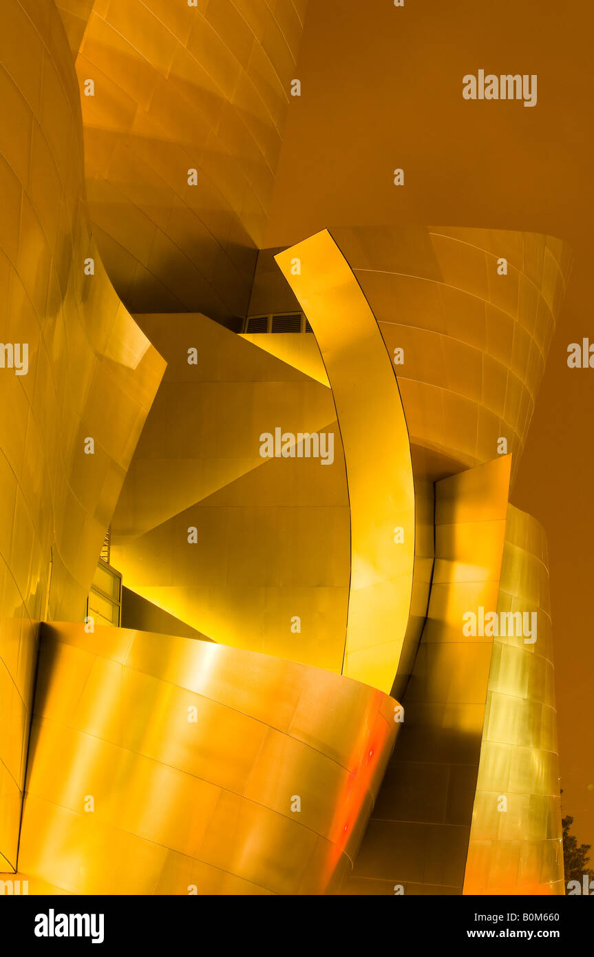 Moderne Metall-Panels von der Walt Disney Concert Hall in Los Angeles. Stockbild
