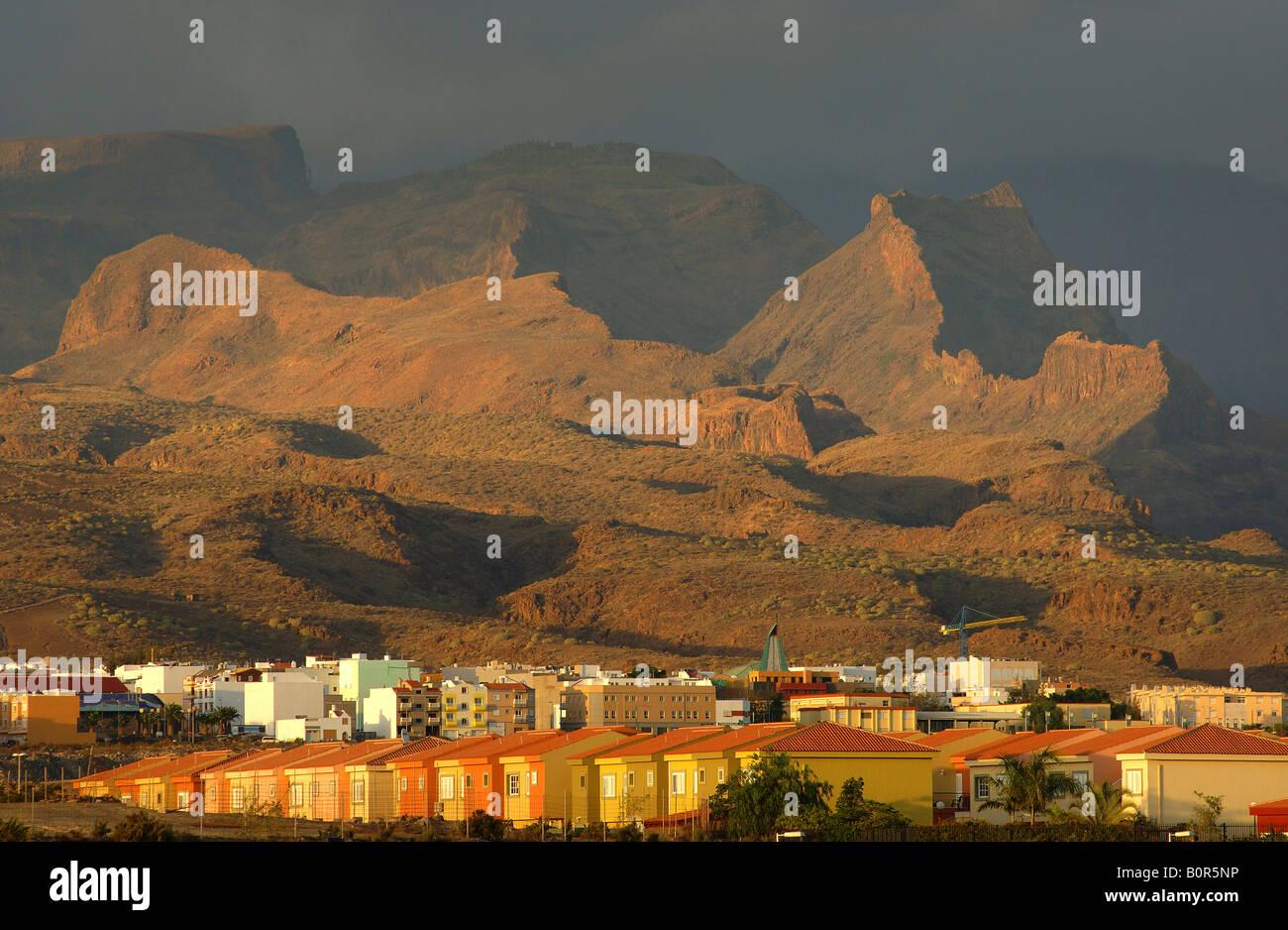 Gran Canaria Playa del Ingles und die Berge und Schluchten im Landesinneren Stockbild