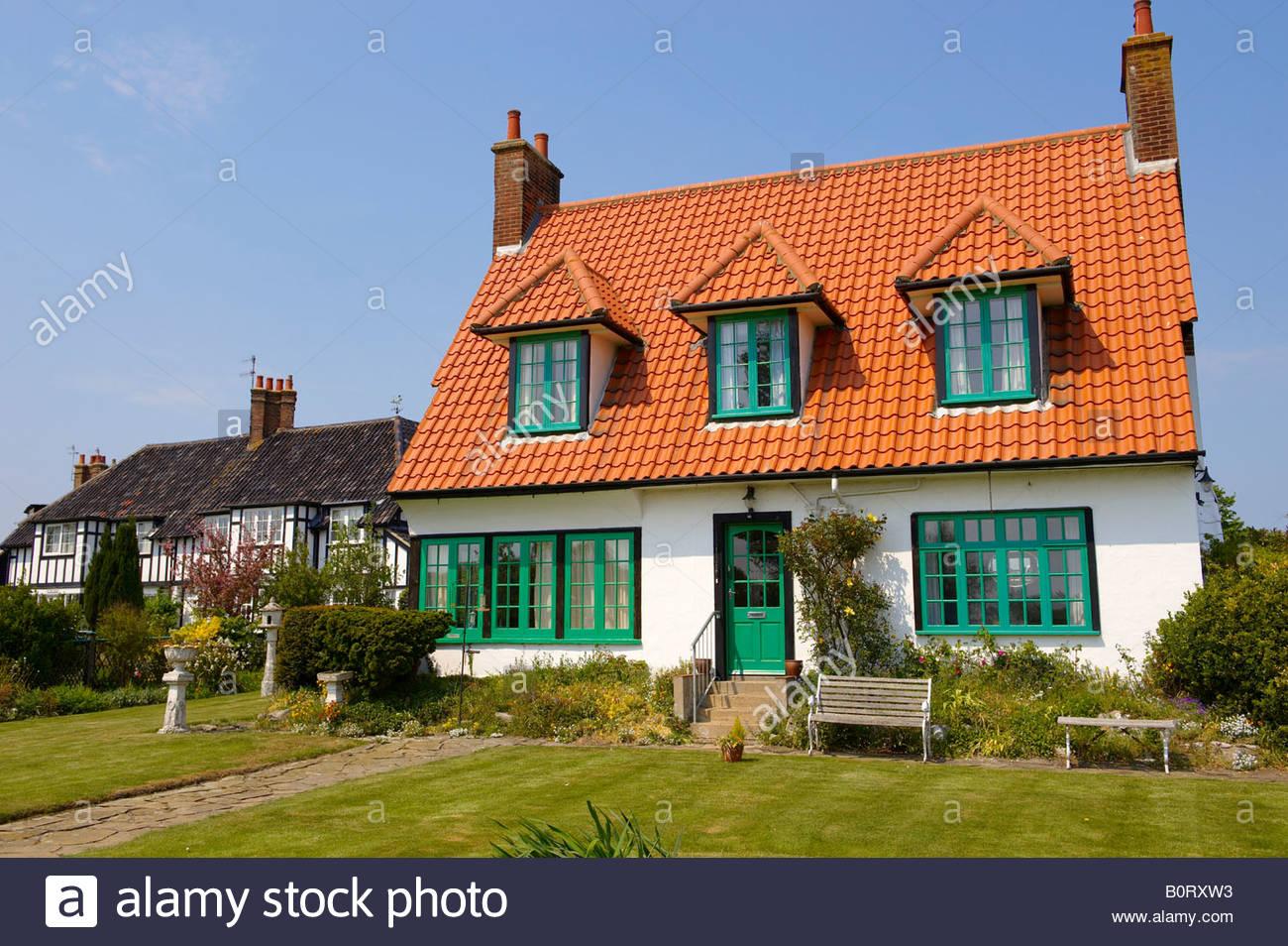 Thorpness Suffolk England - dreißiger Jahre beherbergt Stockbild