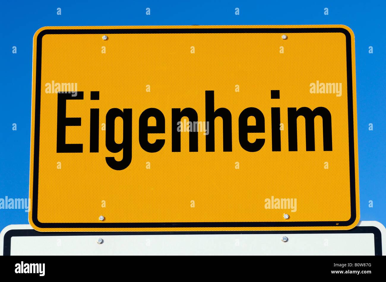 Eigenheim (dt. für privates Wohnhaus) Stockbild