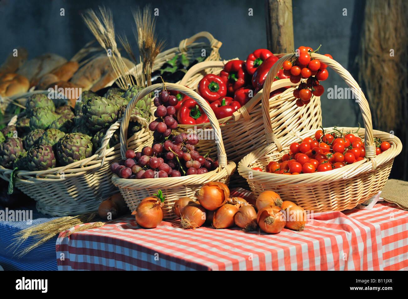 Typische italienische Agrarprodukte Stockbild