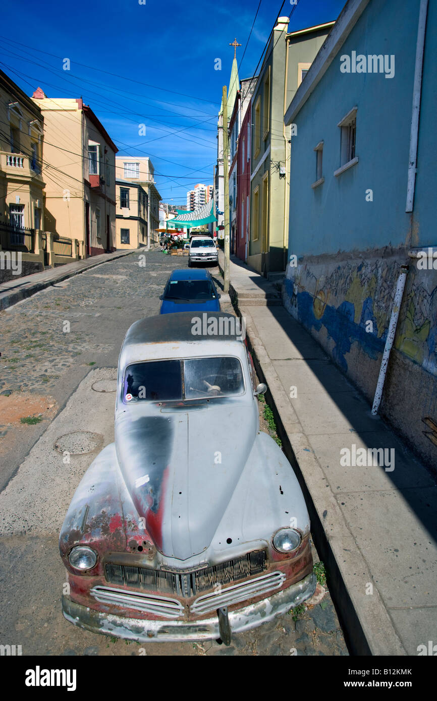 1947 Quecksilber 8 COUPé AUTOMOBILE (© FORD MOTOR COMPANY 1947) CALLE TEMPLETON CERRO ALEGRE VALPARAISO Stockbild