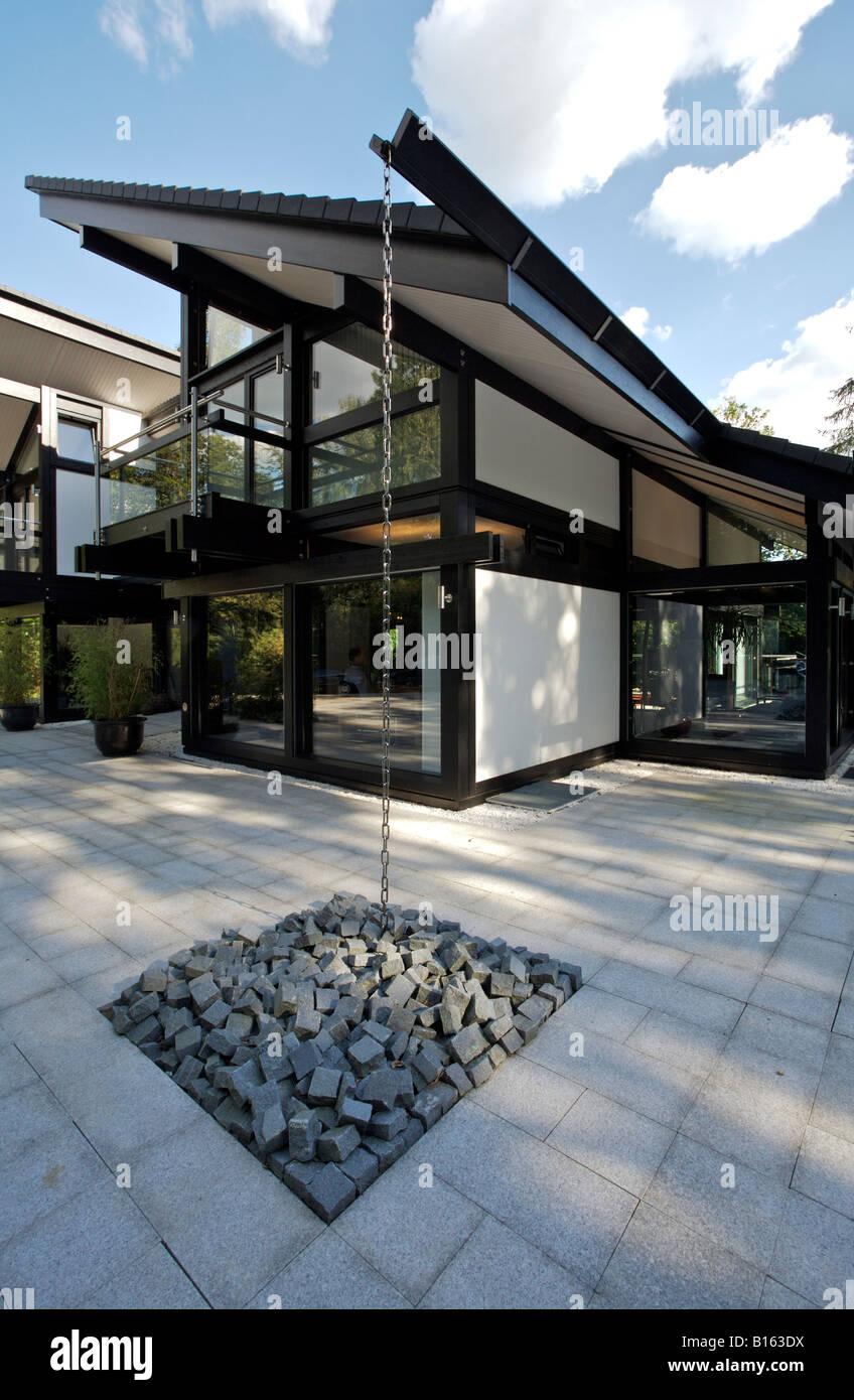 ein huf house deutsch huf haus musterhaus in cobham surrey die hq von peter huf architekt. Black Bedroom Furniture Sets. Home Design Ideas