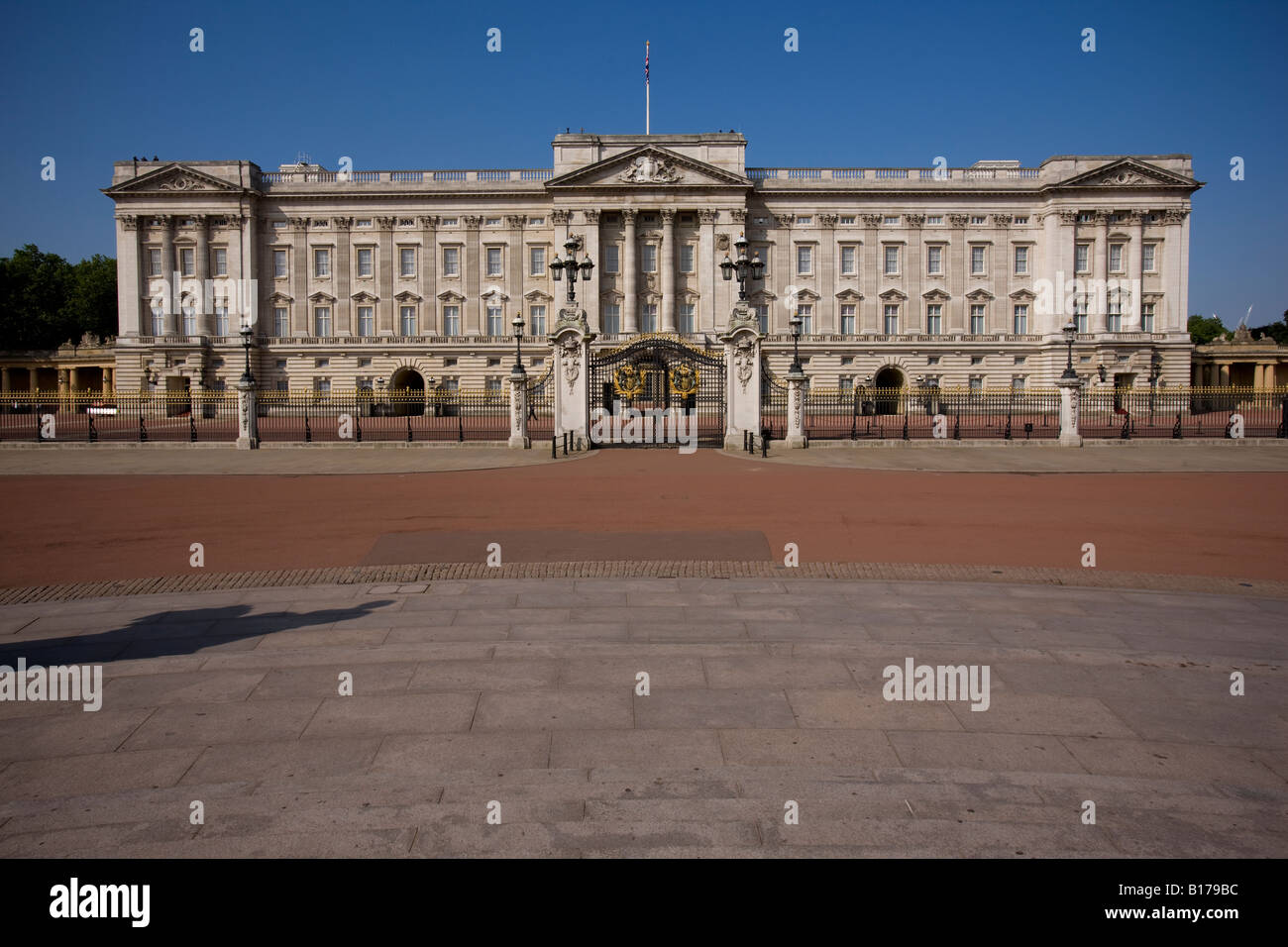 Buckingham Palace, königliche Residenz von Queen Elizabeth II wenn in London. Stockbild