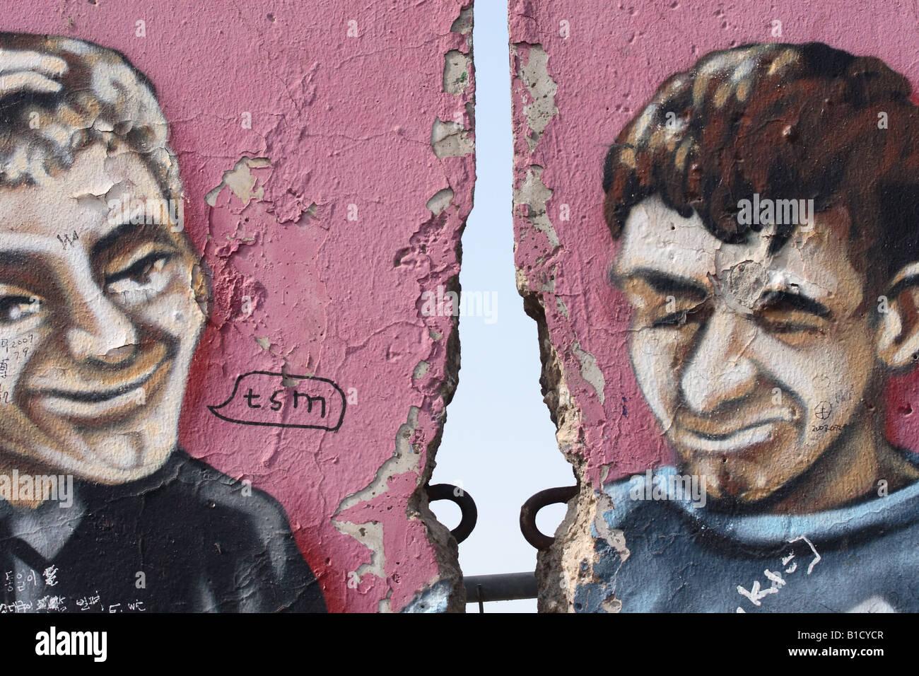 Berlin Deutschland der Berliner Mauer die längsten verbleibenden Abschnitt 1,3 km an der East Side Gallery wird Stockfoto