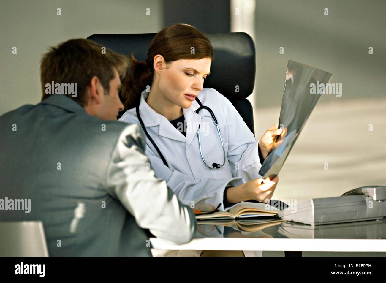 Ungewöhnlich Röntgenstrahl Berichtsvorlage Ideen - Beispiel Business ...