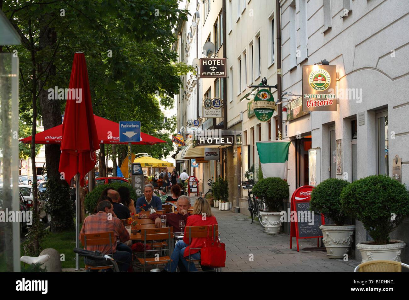 Kneipen auf Occamstrasse Street, Schwabing, München