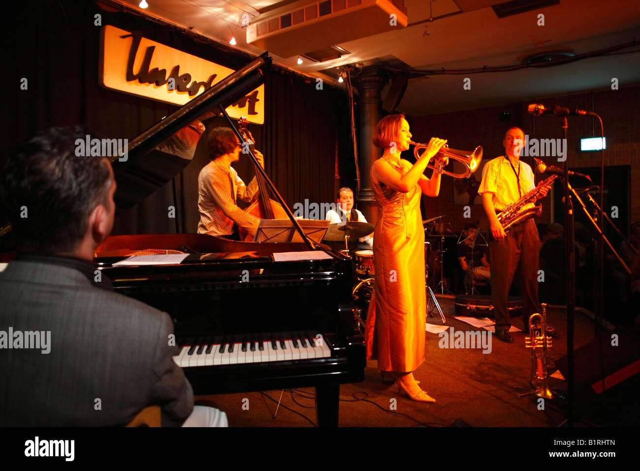 Jazz-Band Boperators mit Annette Neufer, Jazz Club Unterfahrt, Haidhausen, München, Bayern, Deutschland, Europa Stockbild