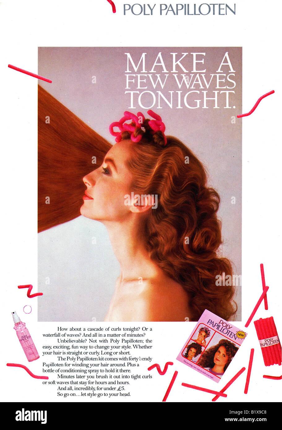 1980er Jahre Werbung für Haar-Styling-Produkte für Eisstockschießen oder winken von Polly Papilloten Stockbild