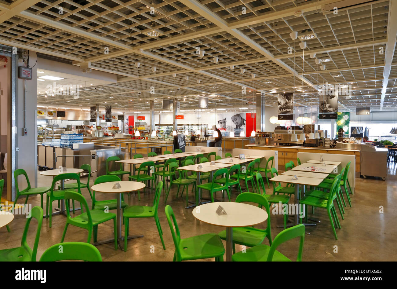 Restaurant bei ikea m bel lagern in coventry stockfoto for Restaurant ikea miami