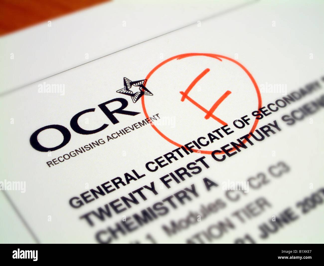 GCSE Wissenschaft Papier markiert Fail Stockbild