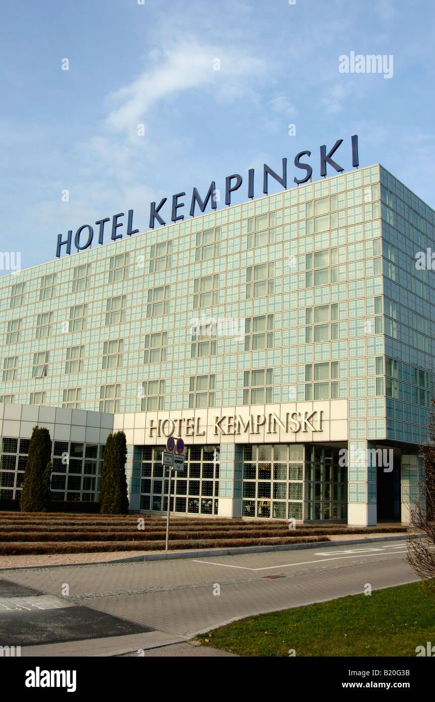 Hotel Kempinski Airport Munchen Stockfoto Bild 18452319 Alamy