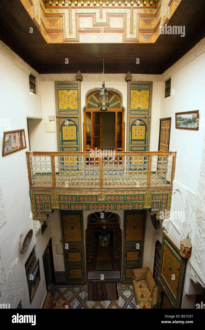 Fes Dar Bouanania aus dem 18. Jahrhundert Riad Stil Pension Stockbild