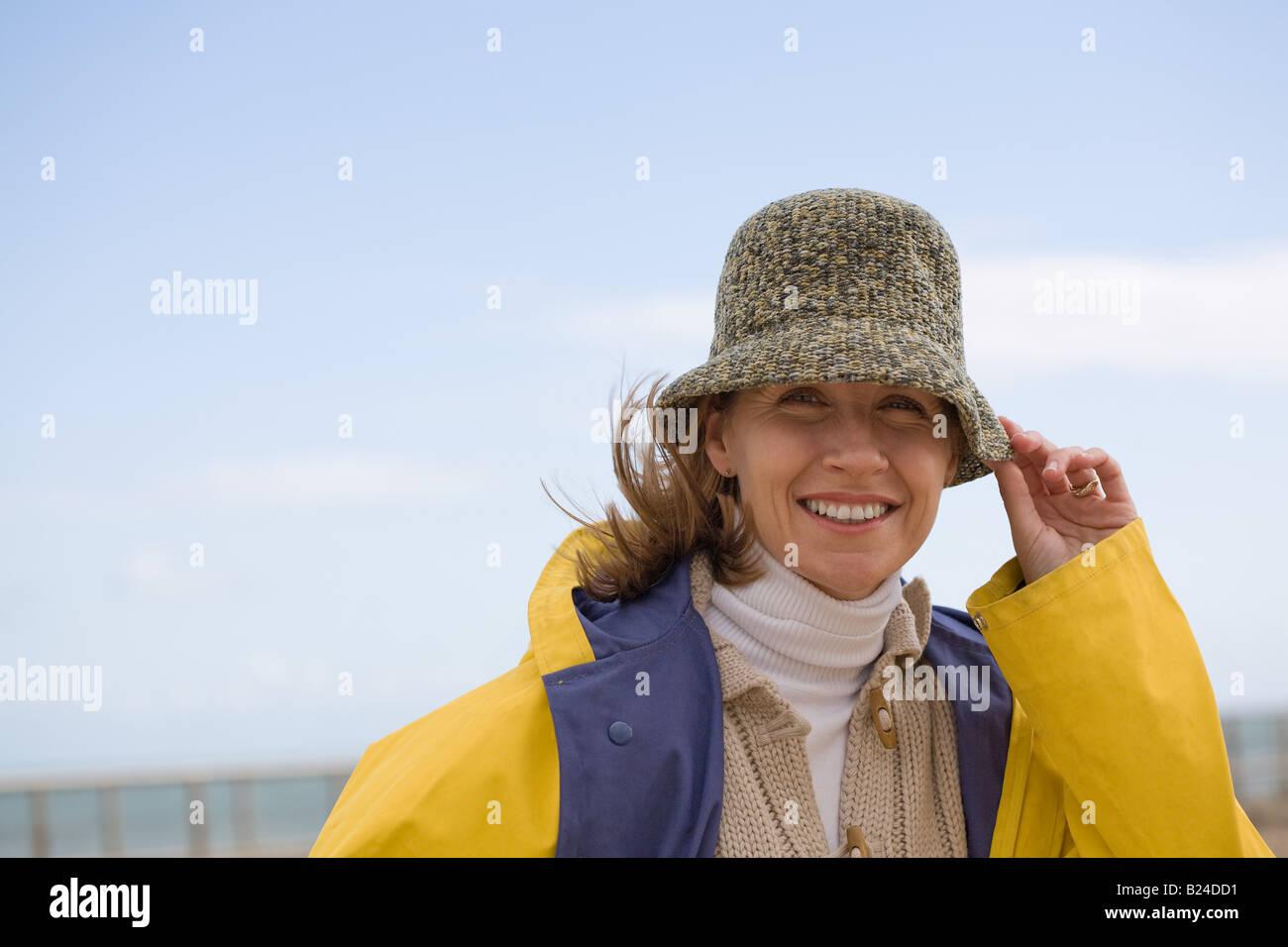 Frau mit Hut Stockbild
