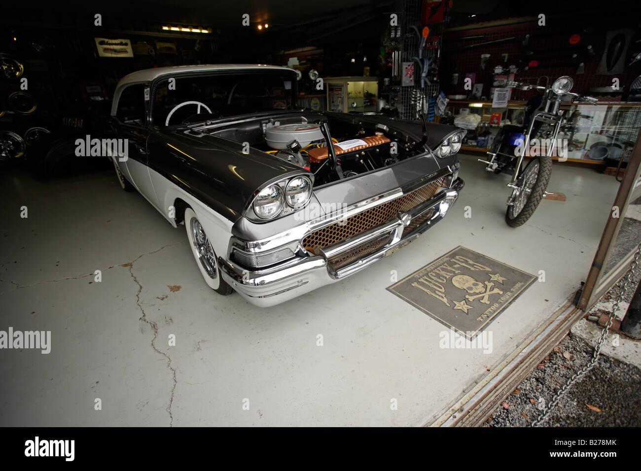 vintage garage stockfotos vintage garage bilder alamy. Black Bedroom Furniture Sets. Home Design Ideas