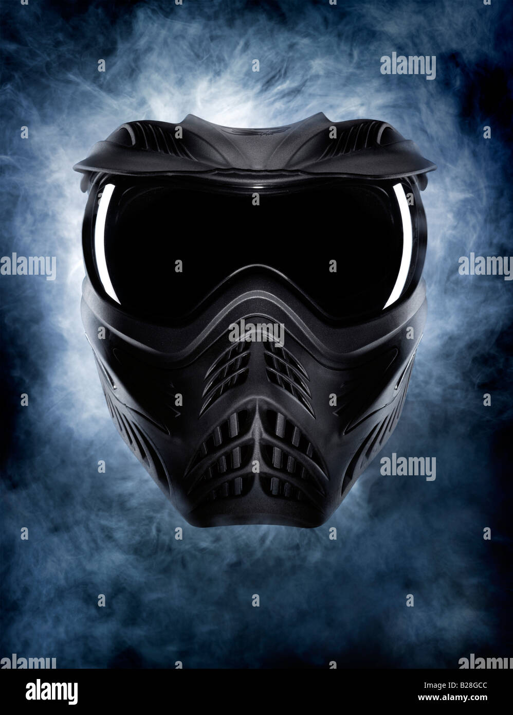 Eine bedrohliche Maske Stockfoto