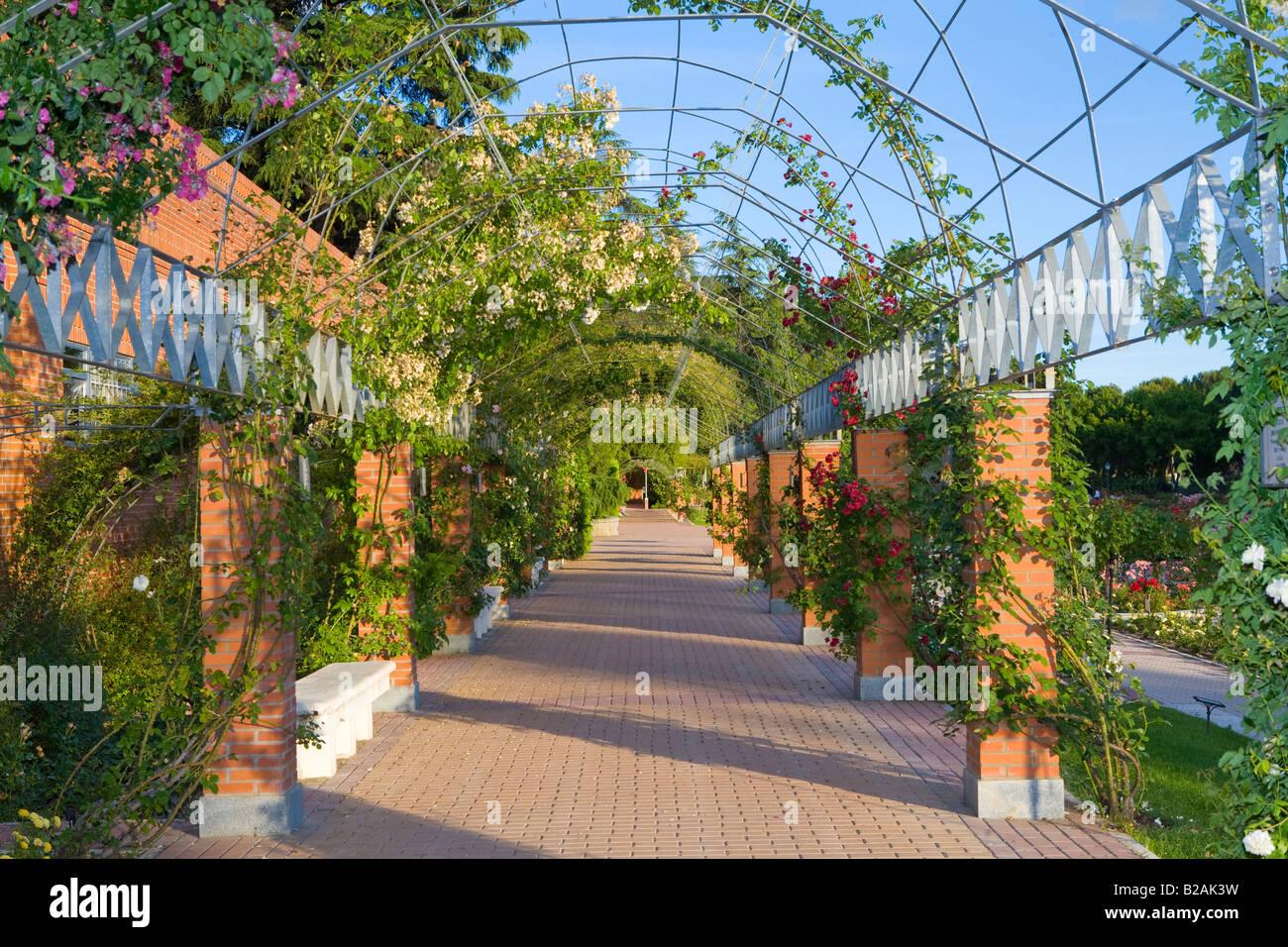 Rosales-Park in Madrid Stockbild