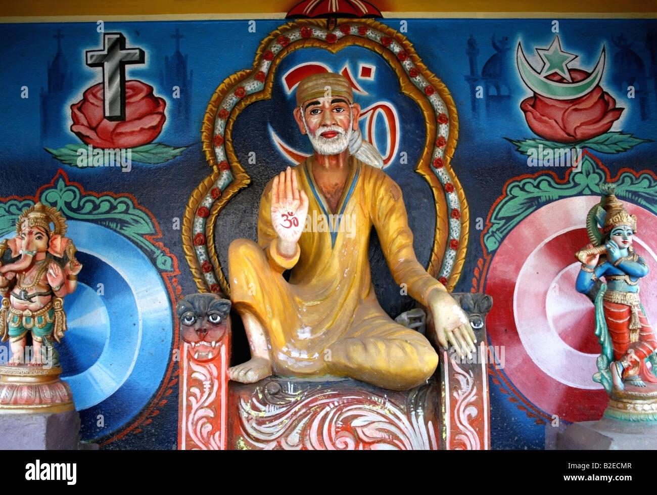 Statue von Sai Baba von Shirdi, einer indischen Heiligen, Frieden unter den Religionen, Indien praktiziert Stockbild