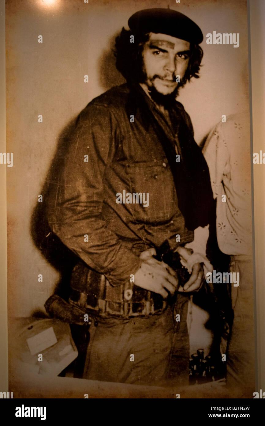 Ein Foto von Ernesto Che Guevara in seiner Militar-Suite fand im Museum Casa Museo in Alta Gracia, Cordoba, Argentinien Stockbild