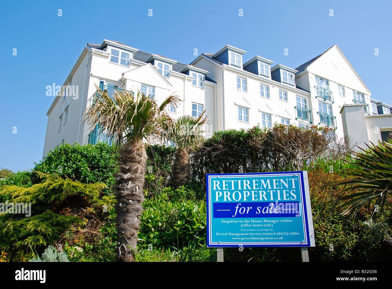 direkt am Meer Ruhestand Immobilien zum Verkauf in Falmouth in Cornwall, Großbritannien Stockbild