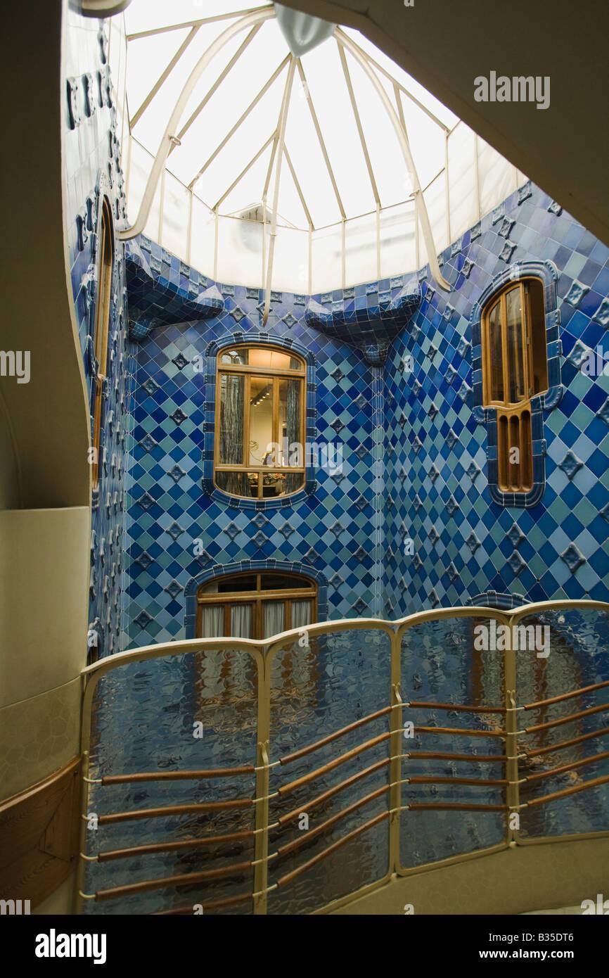 Spanien Barcelona inneren Hof des Casa Batllo entworfen Architekt ...