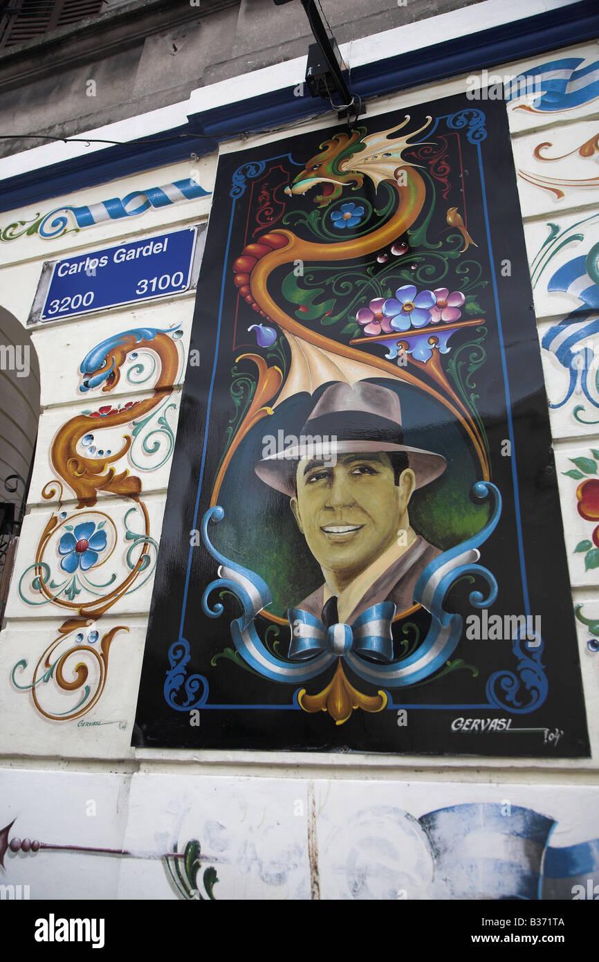 Ein Carlos Gardel Gemälde mit Filete Porteño Stil im Stadtteil Abasto in Buenos Aires, Argentinien. Stockbild