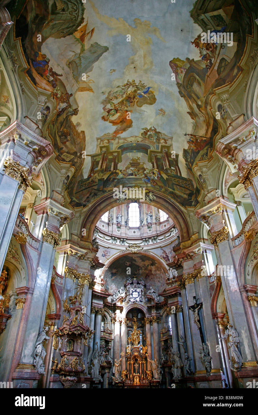 Interieur barock  Aug 2008 - Barock-Interieur der St. Nikolaus-Kirche in Mala Strana ...