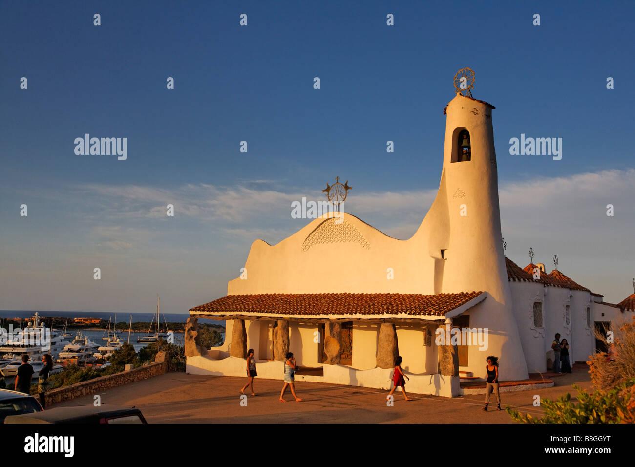 Italien Sardinien Costa Smeralda Porto Cervo Stella Maris Kirche Stockbild