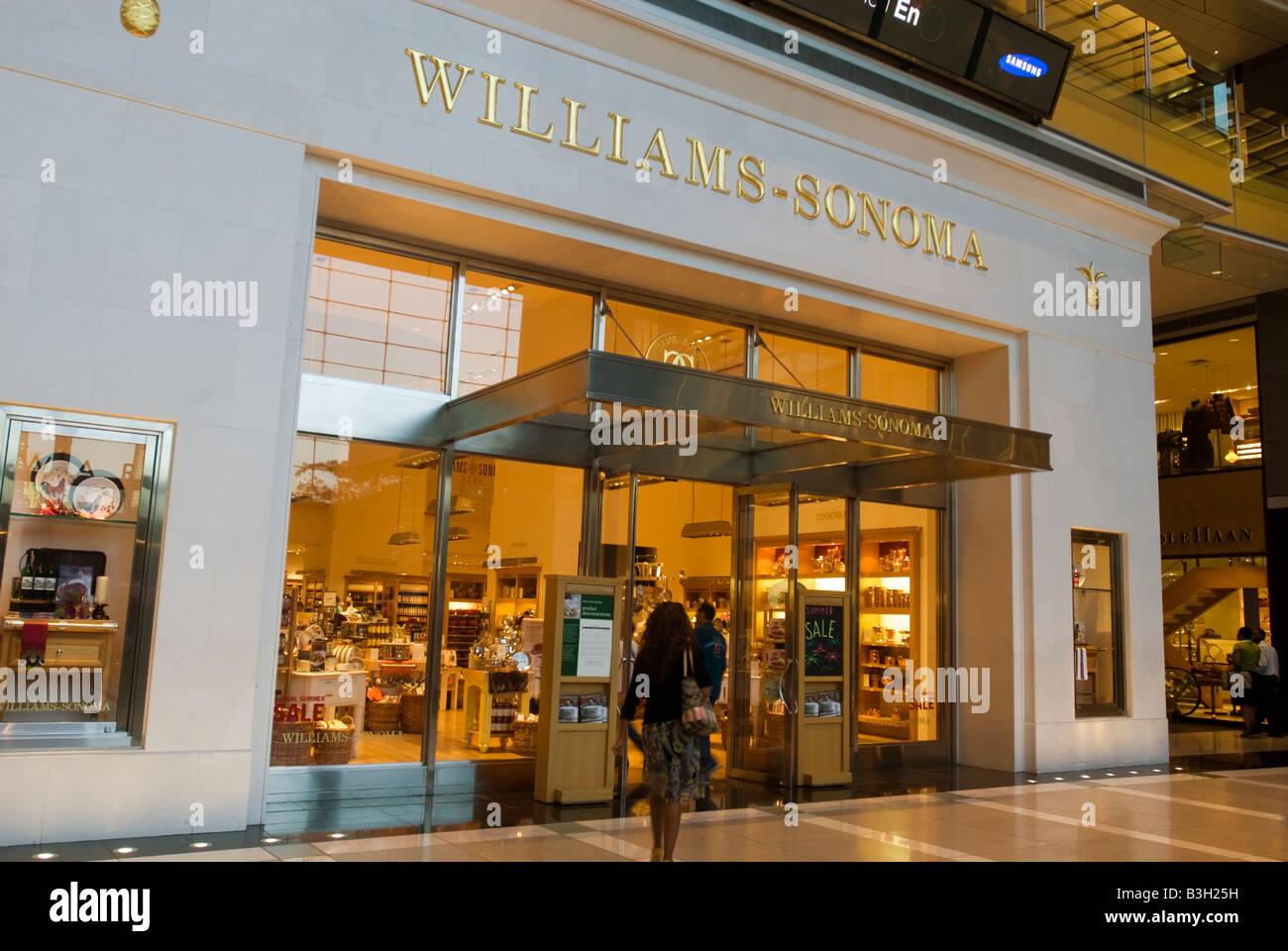 Der Williams Sonoma Store In Der Time Warner Center In New York Am