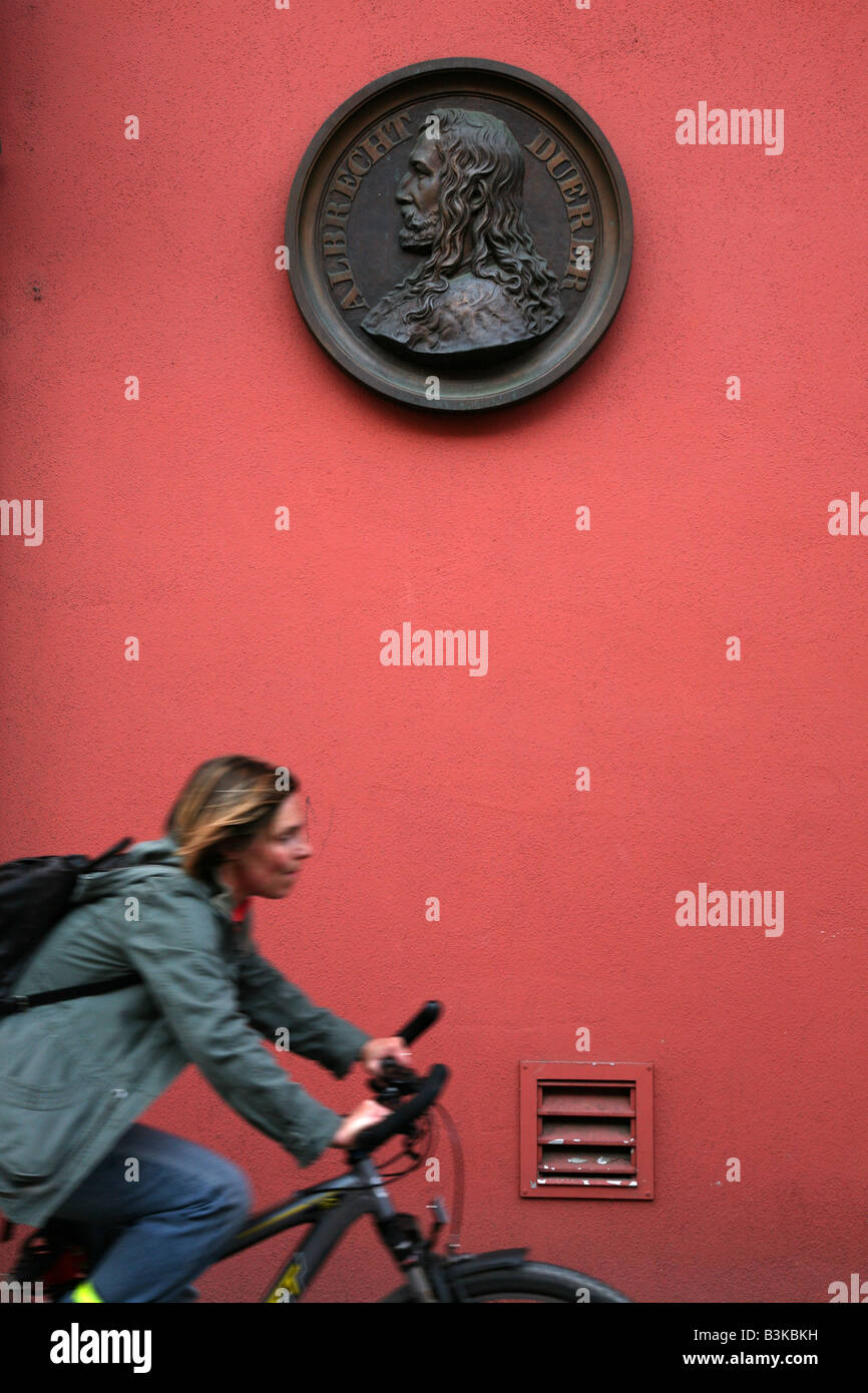 Gedenktafel gewidmet, der berühmte deutsche Maler Albrecht Dürer in Nürnberg, Deutschland Stockbild