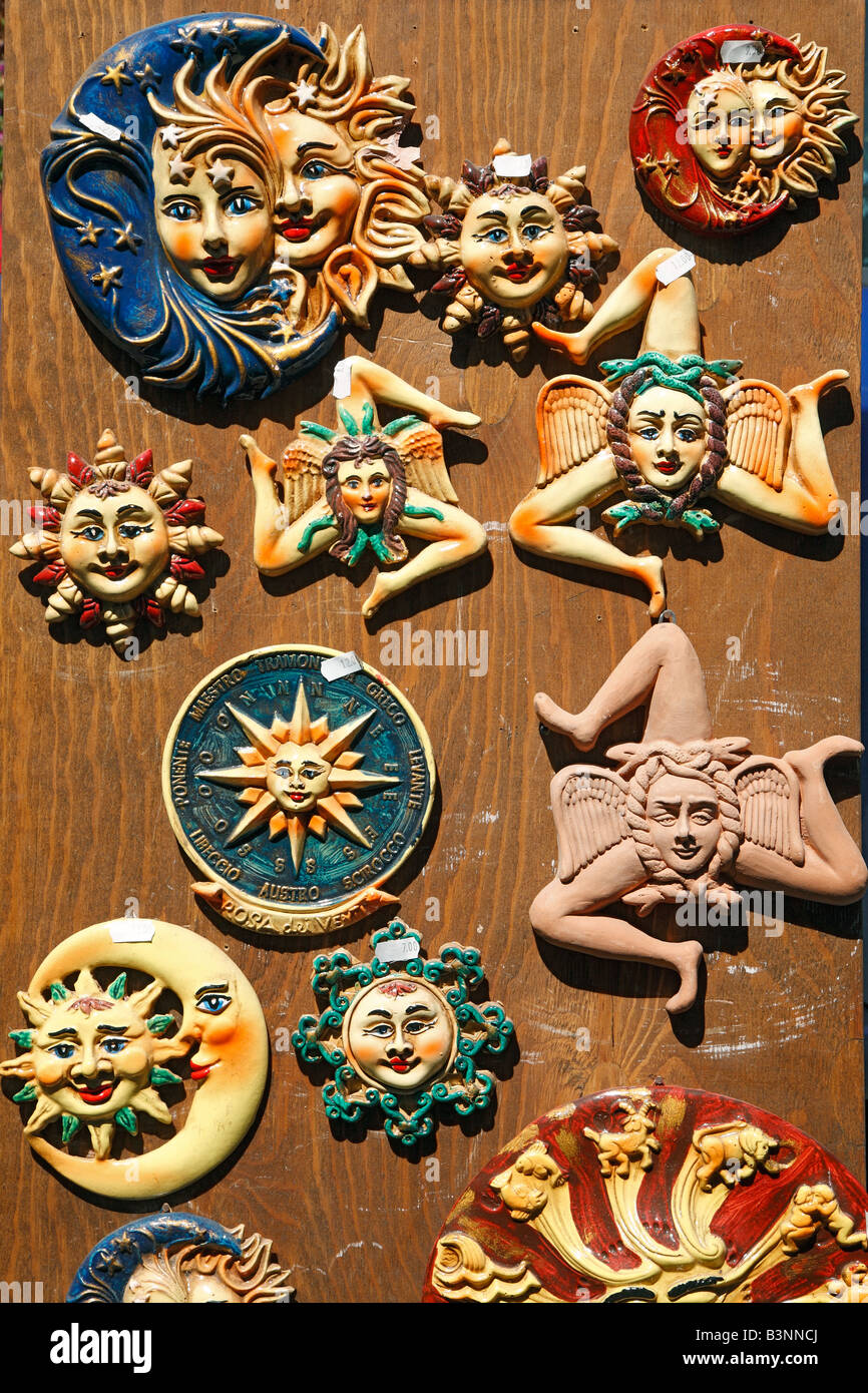 Italien, Sizilien, Insel, Symbol der Insel Sizilien, Stativ, Trinakria, drei gebogene Beine, Womans Kopf, Womans Stockbild