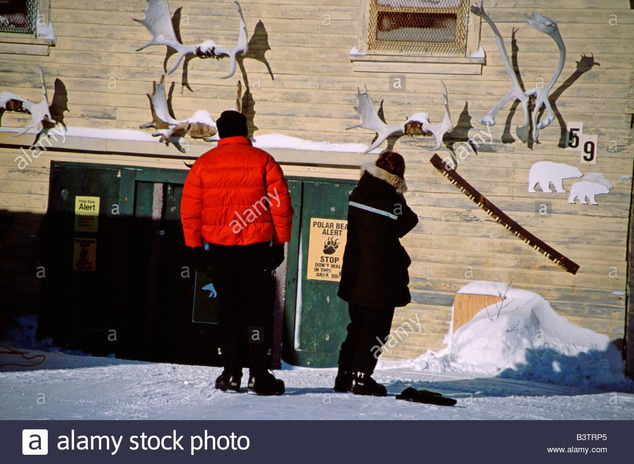 Kanada, Manitoba, Churchill. Typisches Haus mit Geweih & Vorsicht ...