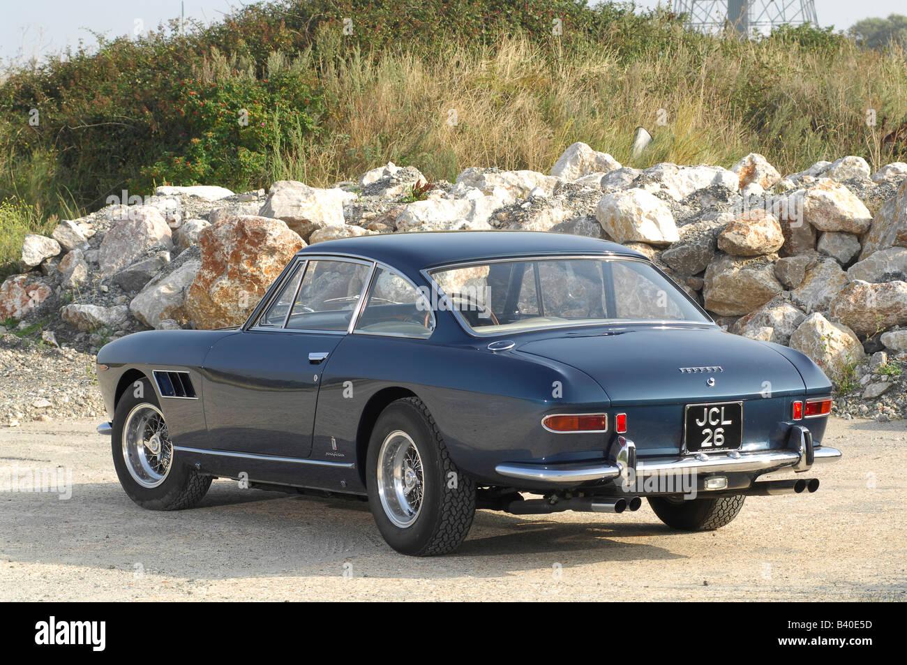 Ferrari 330 Gt Stockfotos Und Bilder Kaufen Alamy