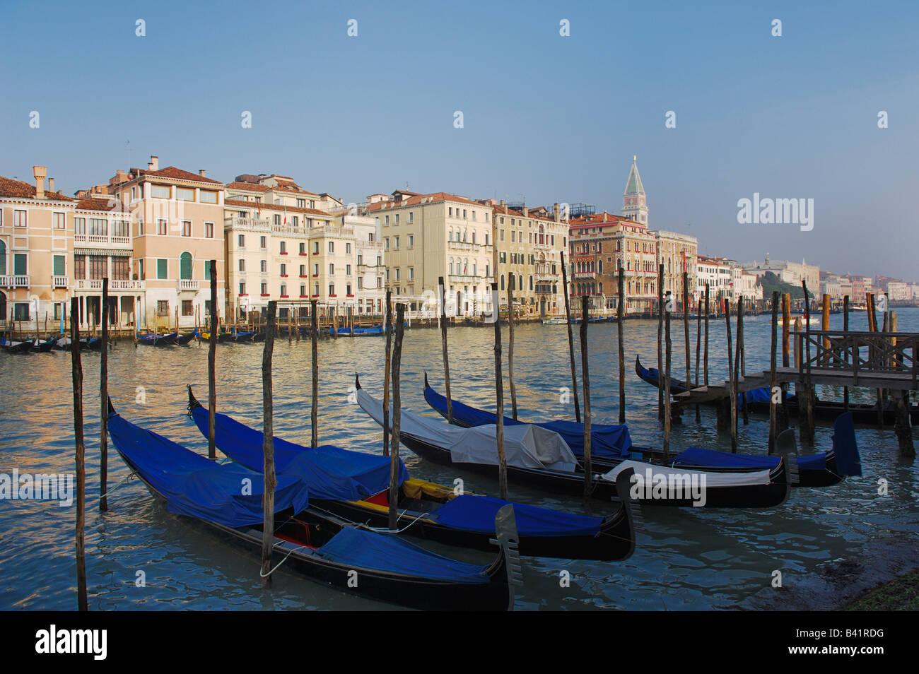 Bucht von Venedig und Palazzo Ducale di Venezia Dogen Palast Venedig Italien Europa Stockbild