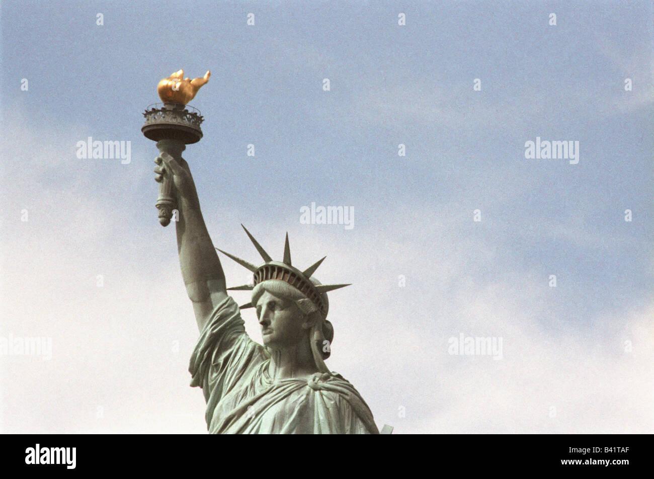Statue Of Liberty Hand Stockfotos & Statue Of Liberty Hand Bilder ...