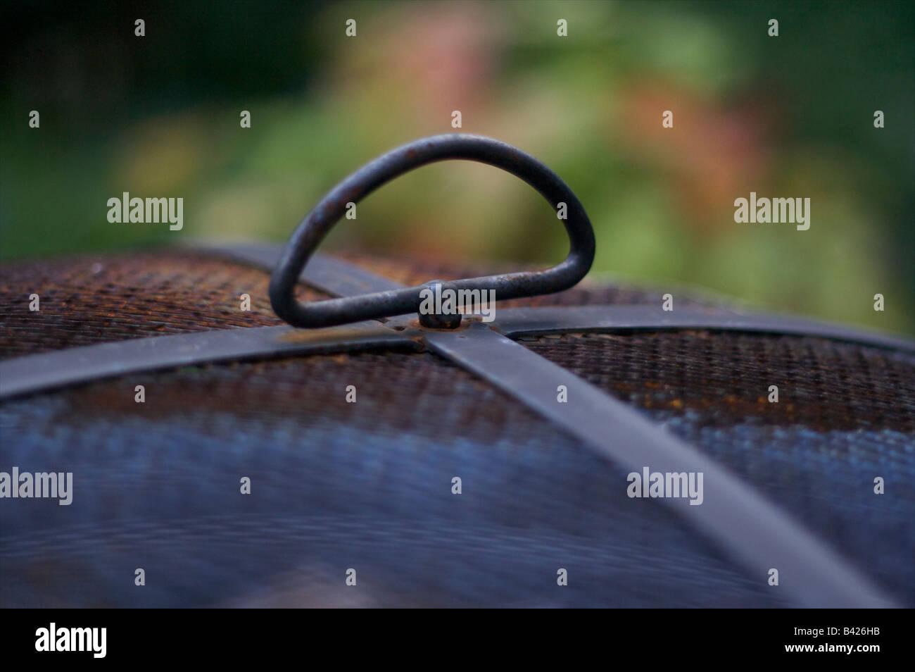 Gartenfeuerstelle Brenner Log Holz Metall Terrasse Stockfoto Bild
