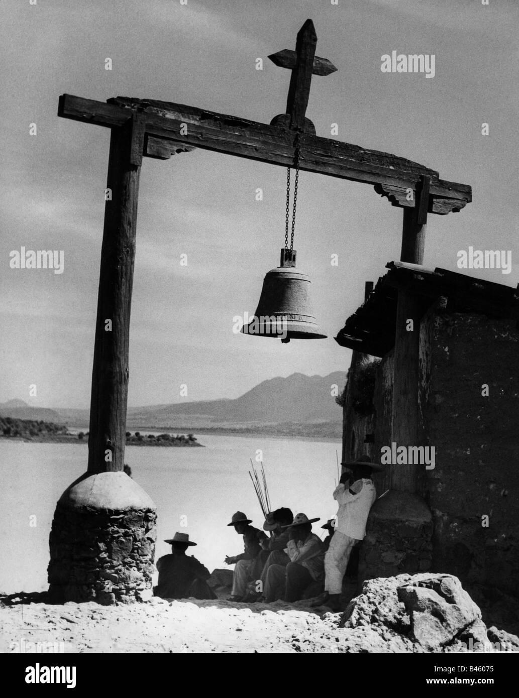 Geographie/Reisen, Mexiko, Janitzio, Kirchen, Kirche am Lago Patzcuaro, Außenansicht, 1950er Jahre, Additional Stockbild