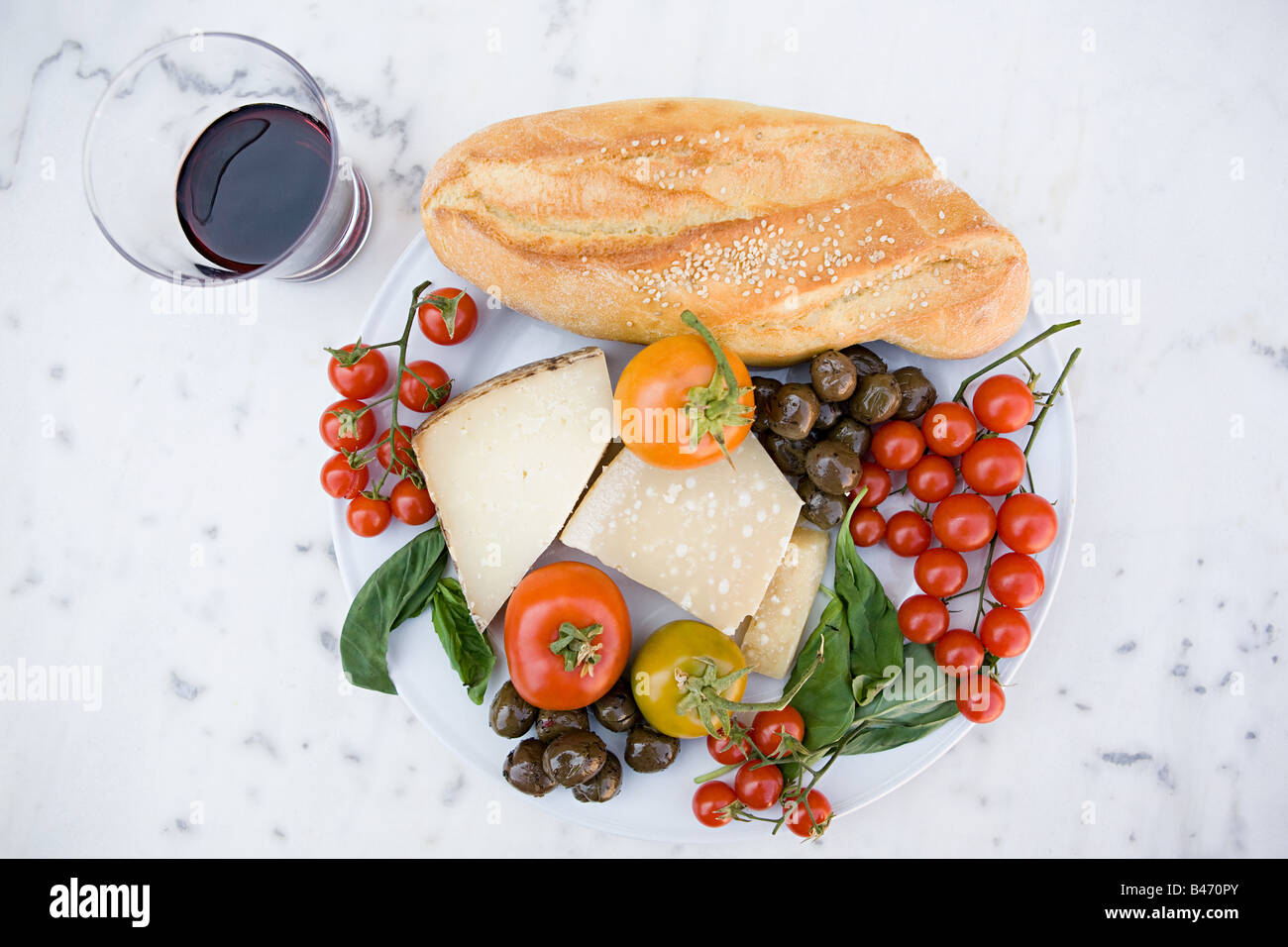 Sizilianischen Essen und Wein Stockbild