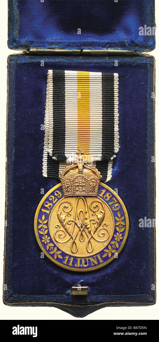 Eine Goldene Hochzeit Medaille 1879 1 Klasse Oek 1857