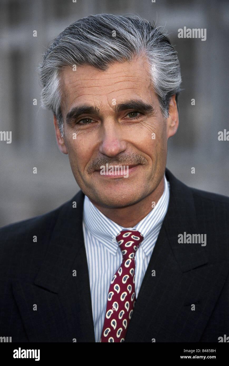 Caetano Cravat Graue Haare Männer Mann Menschen Stockfotos