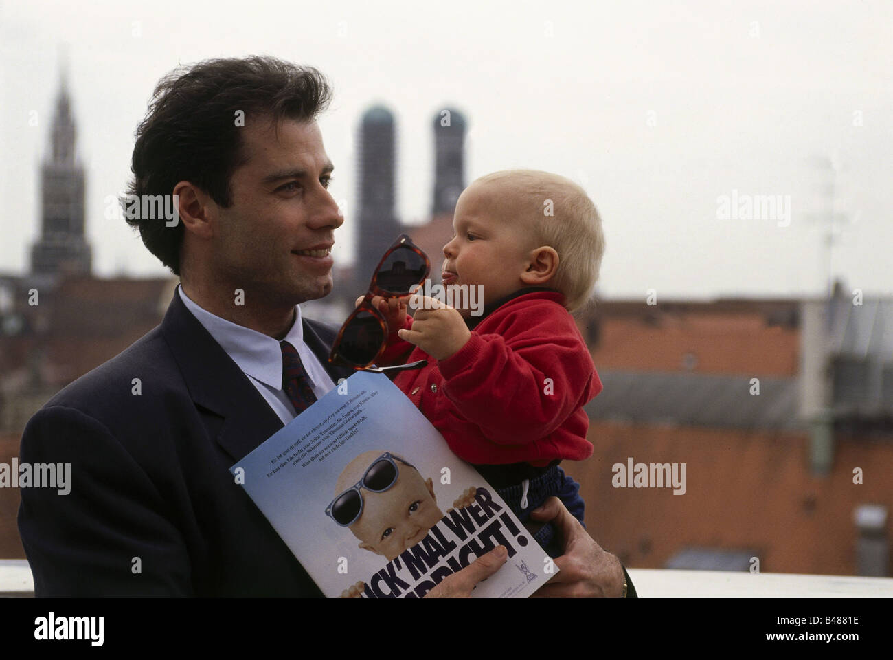 """Travolta, John, * 18.2.1954, US-amerikanischer Schauspieler, auf der Pressekonferenz, Filmpremiere """"Look Who's Stockbild"""