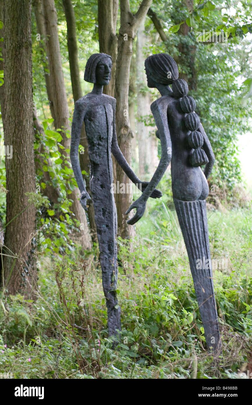 Leben Größe Metall Garten Skulpturen Männliche Weibliche Figuren