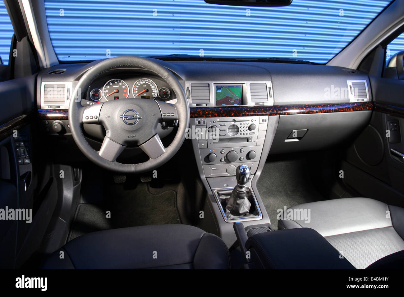 Auto, Opel Vectra Caravan 2.2, Limousine, Mittelklasse, Modelljahr ...