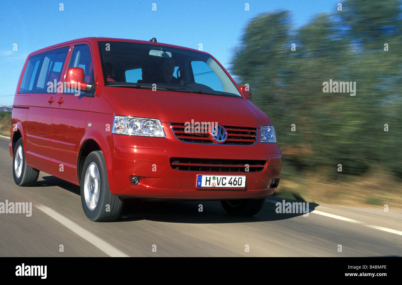 auto vw volkswagen multivan t5 van baujahr 2003 rot. Black Bedroom Furniture Sets. Home Design Ideas