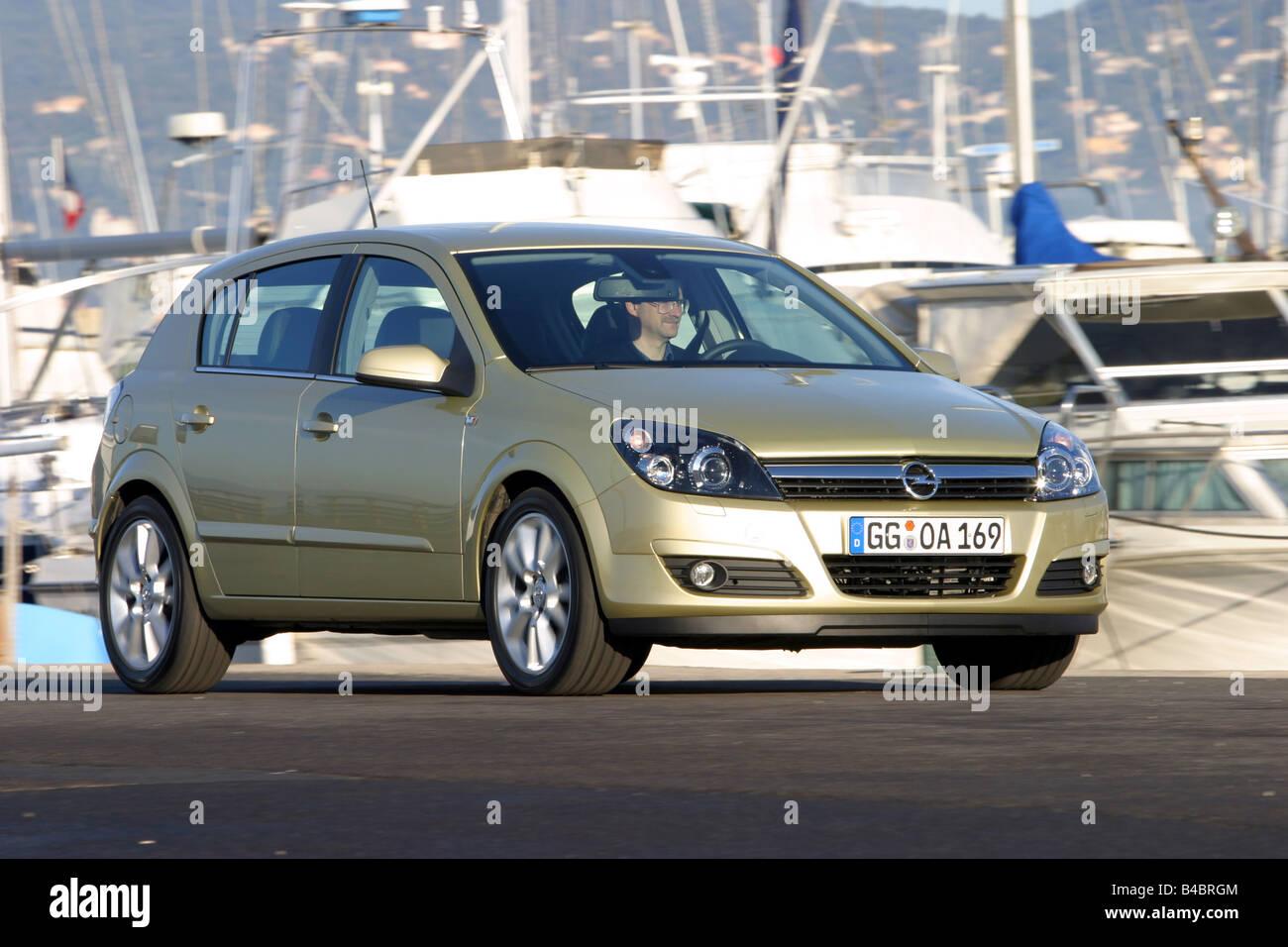 auto, opel astra 1.9 cdti cosmo, jahr 2003-, limousine, untere