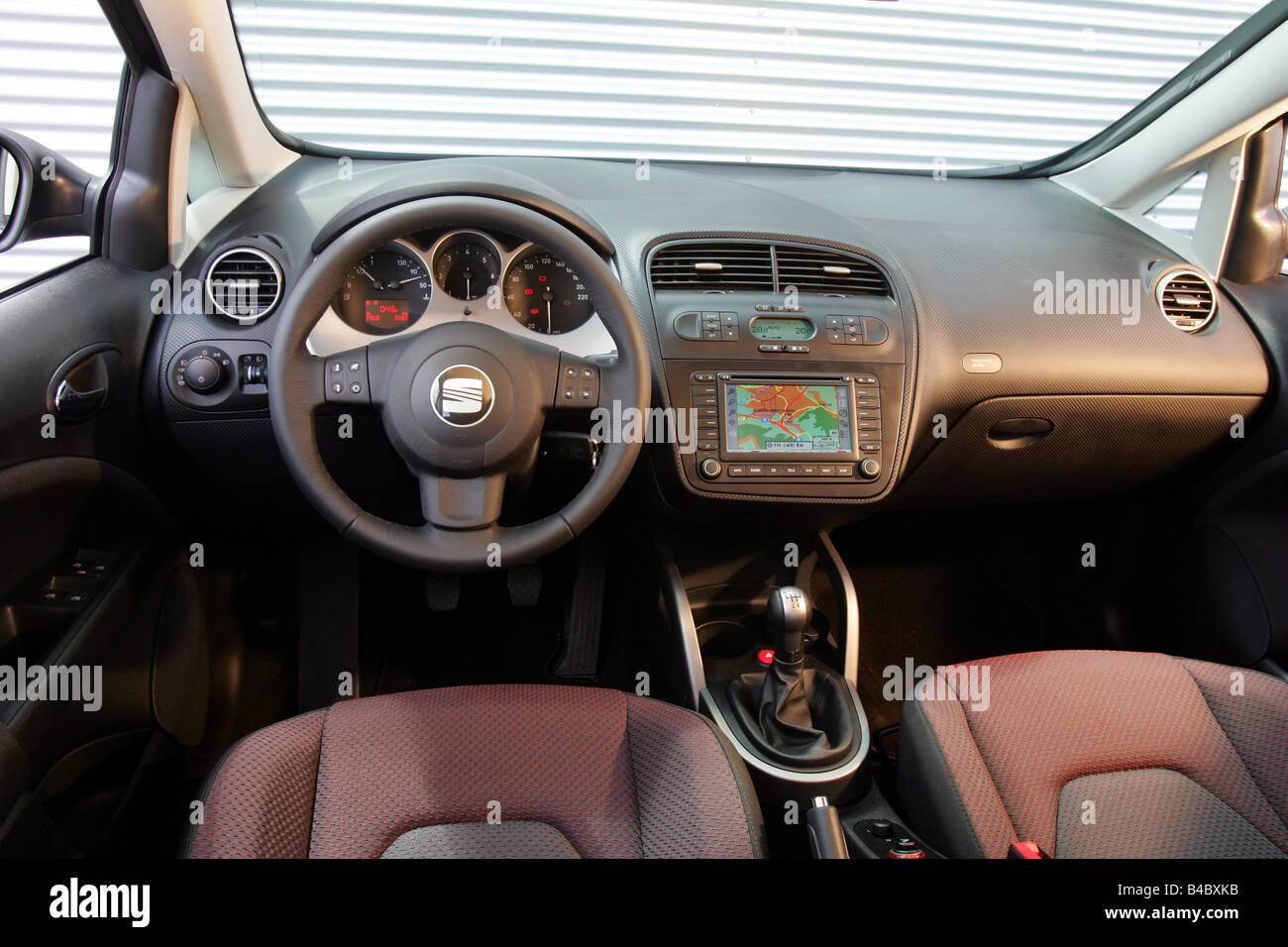 Auto, Seat Altea, schwarz, Van, Baujahr 2004-Innenansicht, Innenraum ...