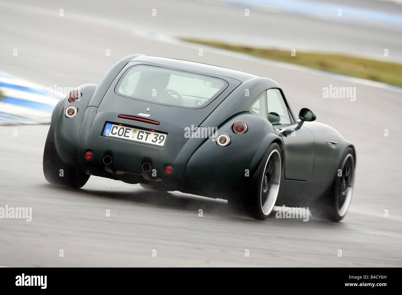 Wiesmann GT, fahren, Diagonal von der Rückseite, hintere Ansicht Teststrecke Stockbild
