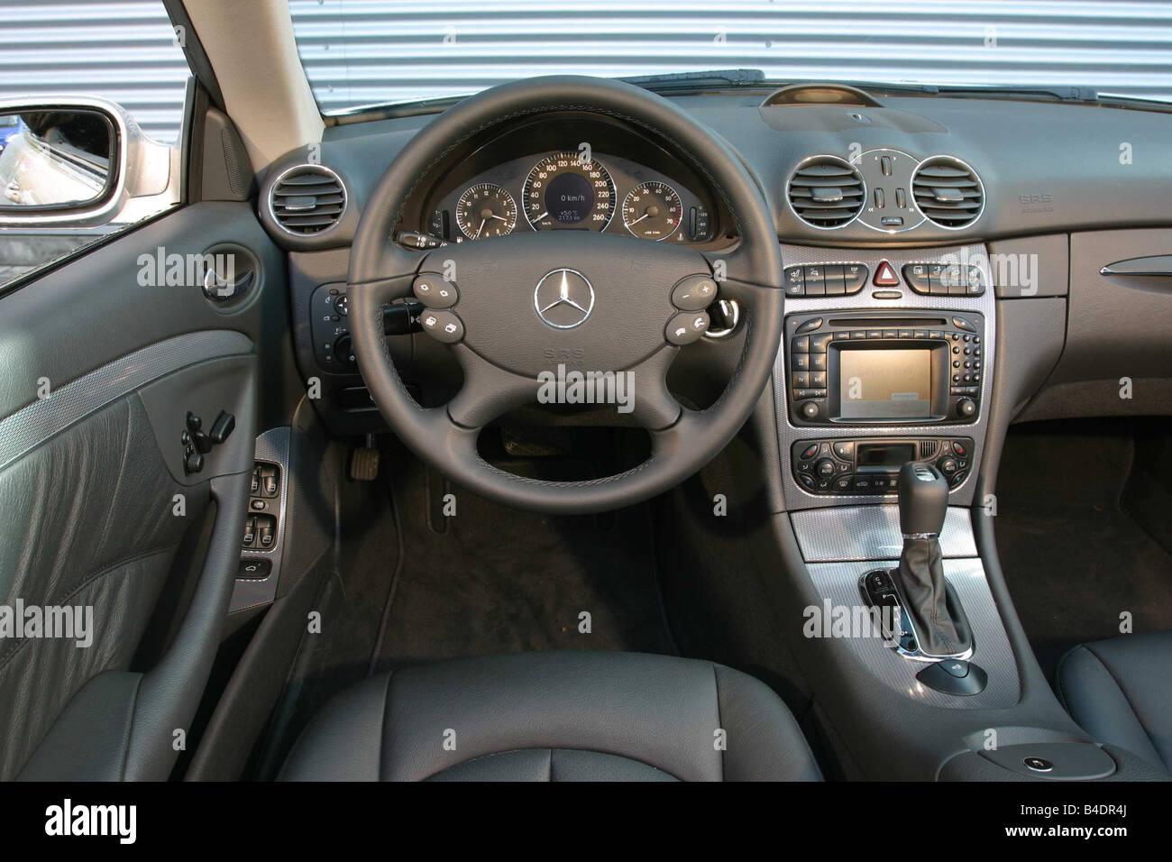 Auto, Mercedes CLK 320 Cabrio, Model Year 2003-Silber, innere ...