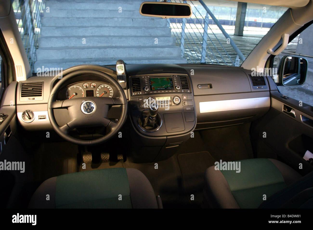 T5 Multivan Stockfotos & T5 Multivan Bilder - Alamy